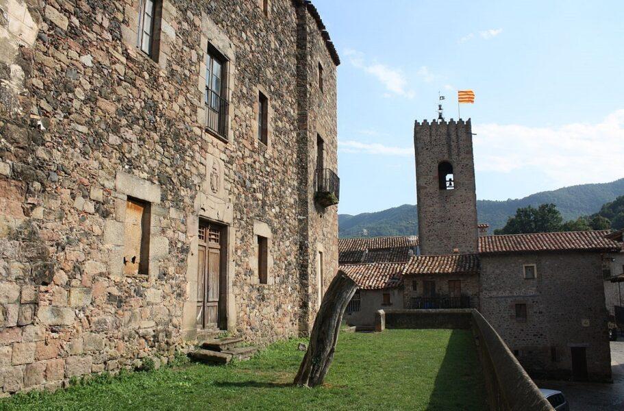 Visitar pueblos de Girona. Santa Pau.