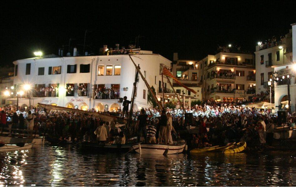 festividades pueblos de Girona. Cantata-de Habaneras en Calella de Parafrugell