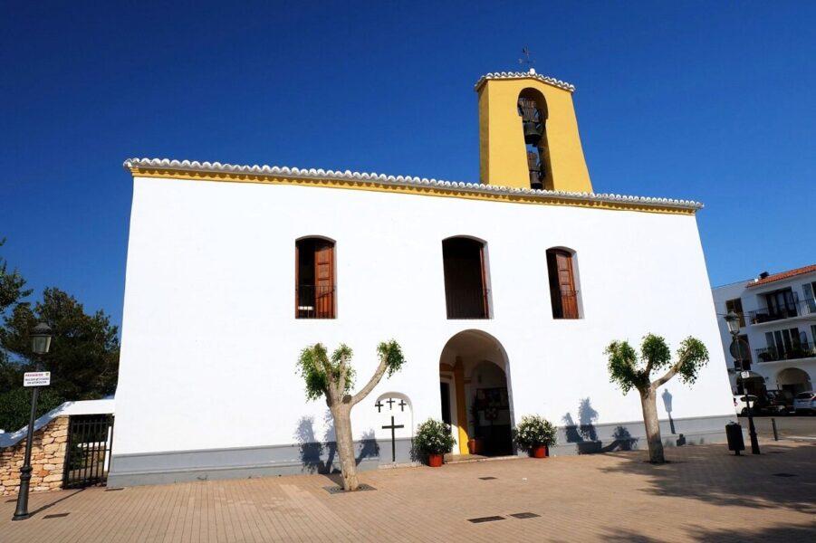 Monumentos de interés. Iglesia de Santa Gertrudis de Fruitera
