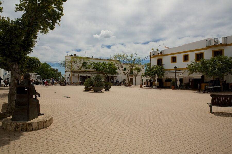 Visitar Santa Gertrudis en Ibiza.