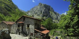 BULNES-Pueblos mas bonitos de Asturias