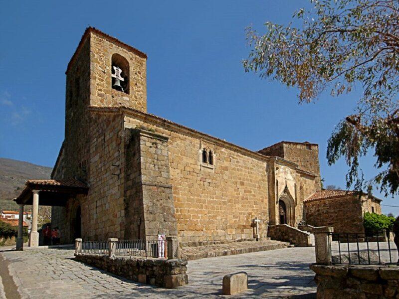 Iglesia de Nuestra Señora de las Fuentes Claras en Valverde de la Vera