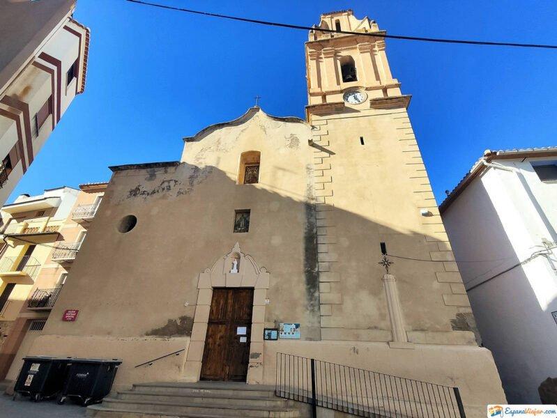Iglesia de Santiago Apóstol en Montanejos