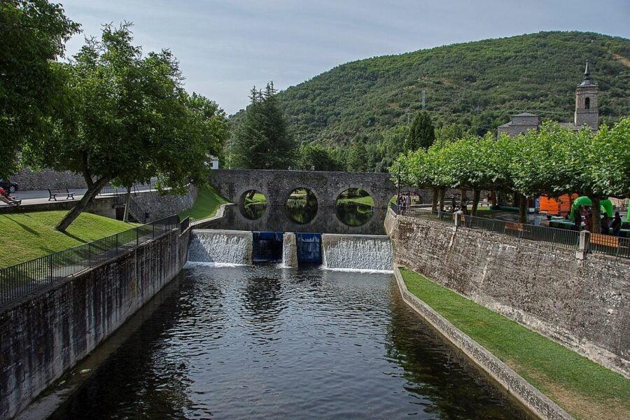 Puente de los Peregrinos en Molinaseca