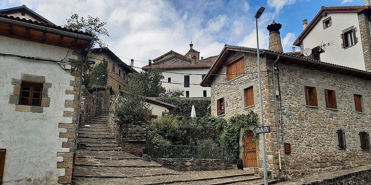 Visitar Roncal en Navarra