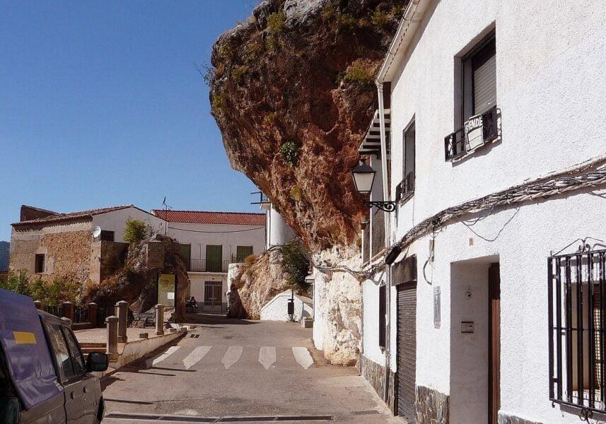 Calle Puerta Nueva en Hornos