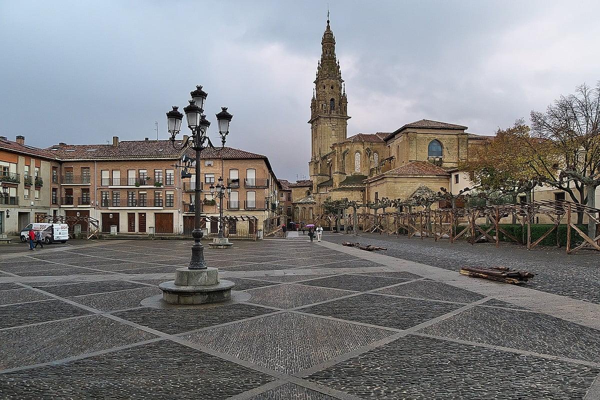 SANTO DOMINGO DE LA CALZADA-Pueblos mas bonitos de La Rioja