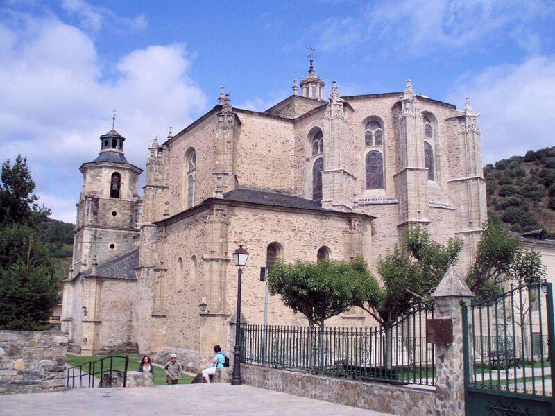 Colegiata de Santa María de Villafranca del Bierzo