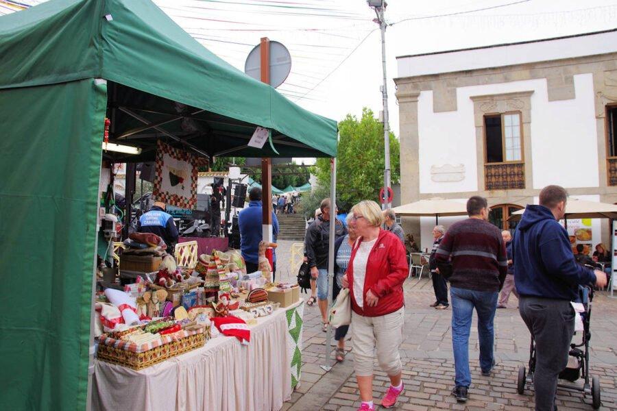 Mercado en Vega de San Mateo
