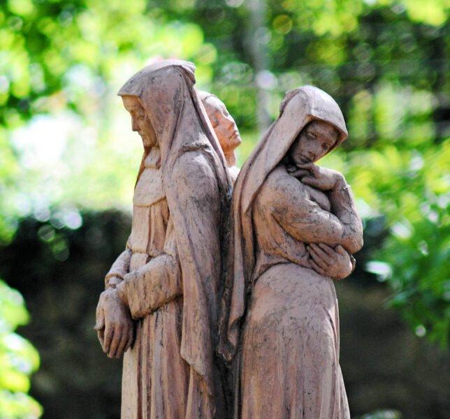 Estatua en el Monasterio de Santa María de Gerri