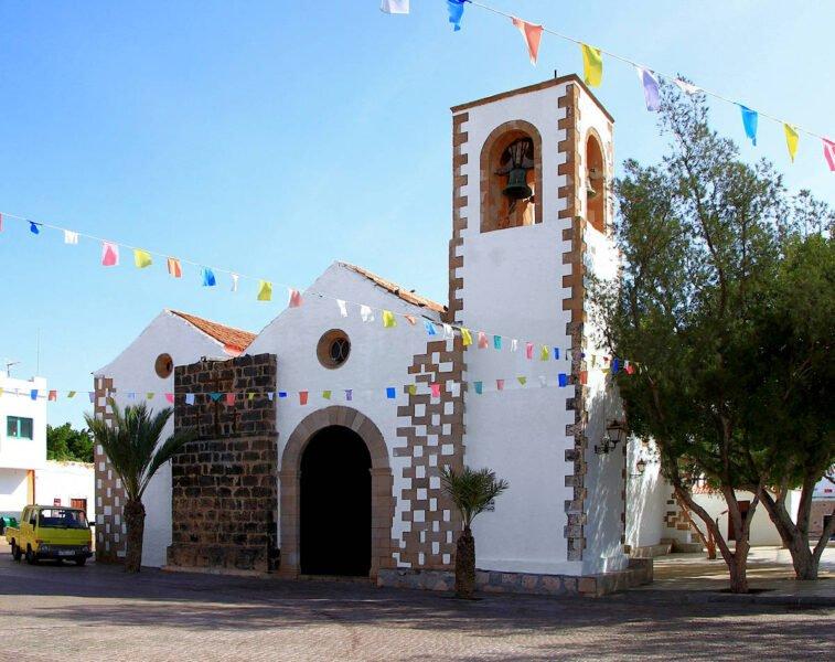 Iglesia de San Miguel Arcángel en Tuineje