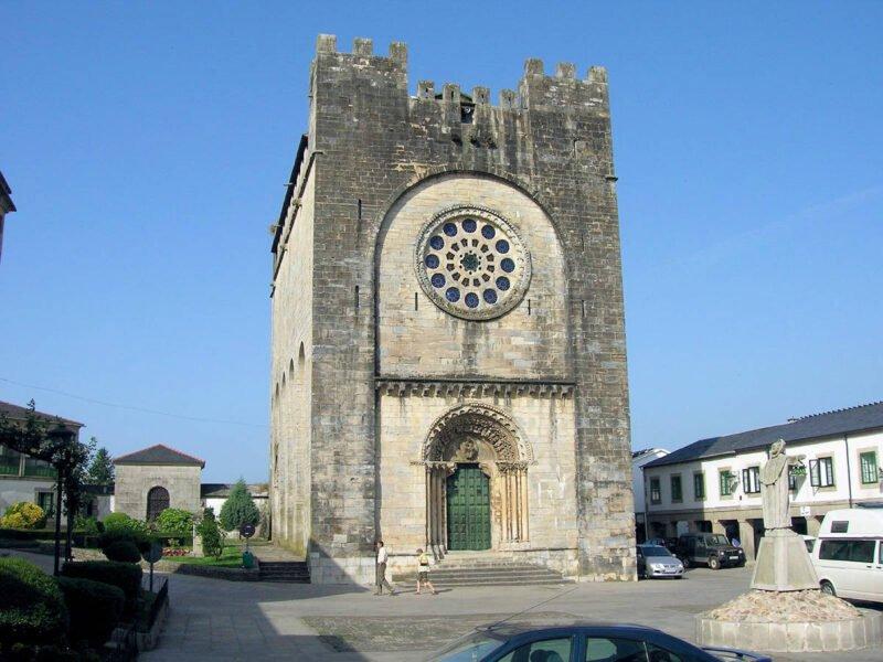 Iglesia fortaleza de San Xoán