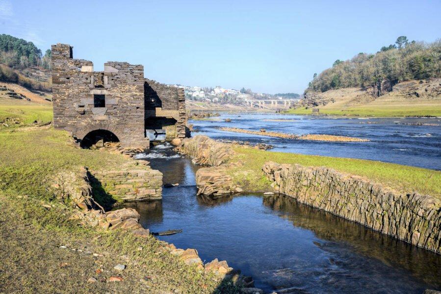 Ruinas del casco antiguo de Portomarín