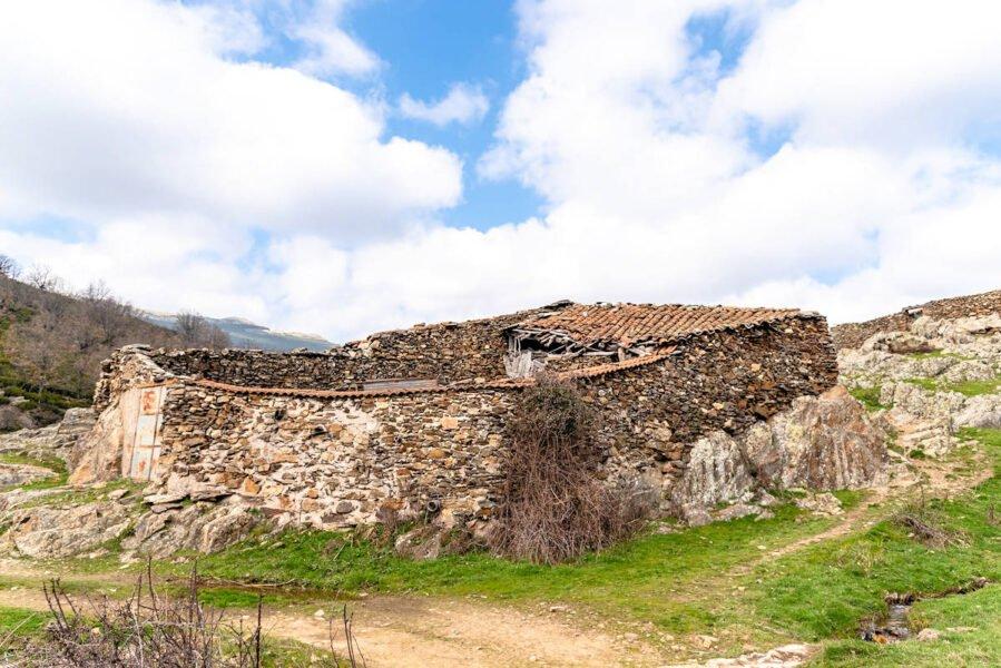 Granja abandonada