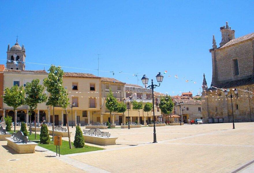 Plaza España en Dueñas